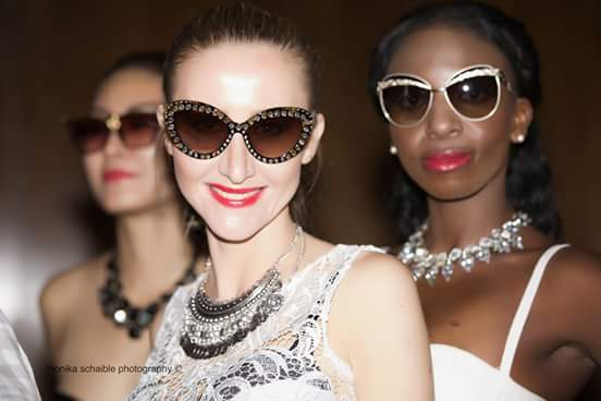 SUNGLASSES & JEWELLERY COLLECTION