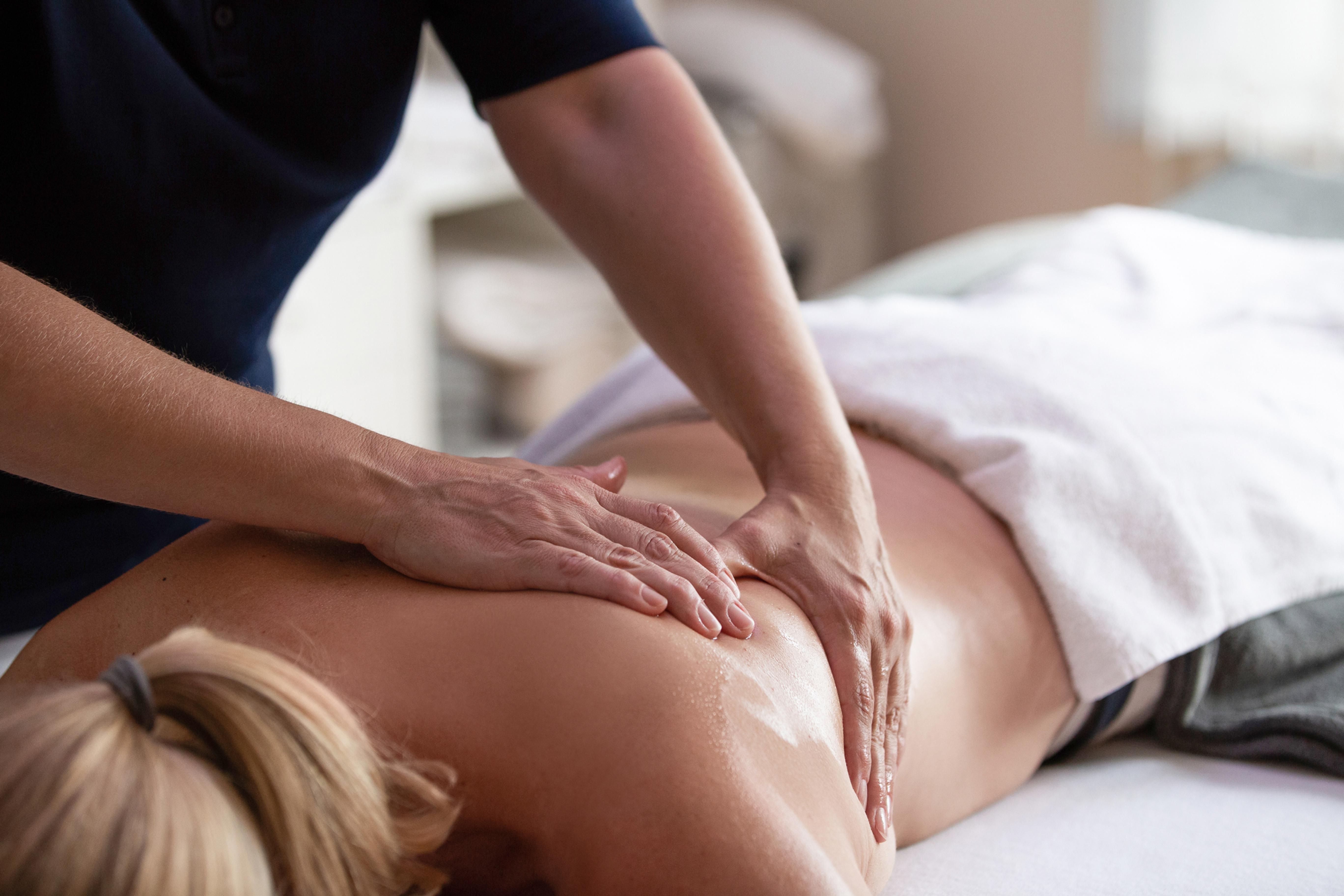 Basische Salz Öl Massage