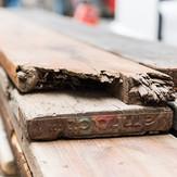 Holz von alten Baugerüsten