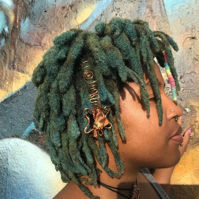 Goddess_emeral : Sexy. Fierce. Afropunk