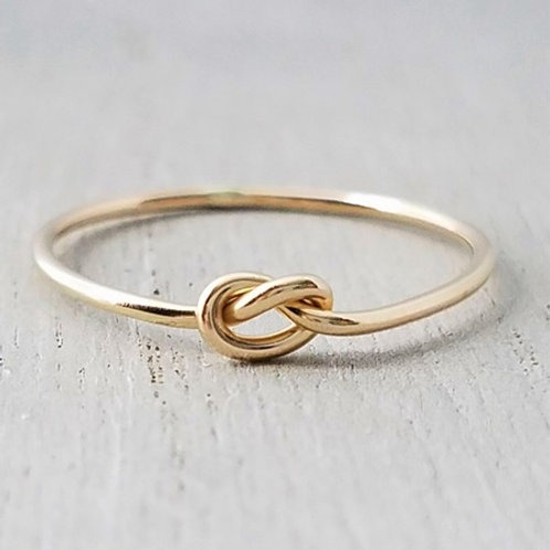 Love Knot Promise ring- 18k gold
