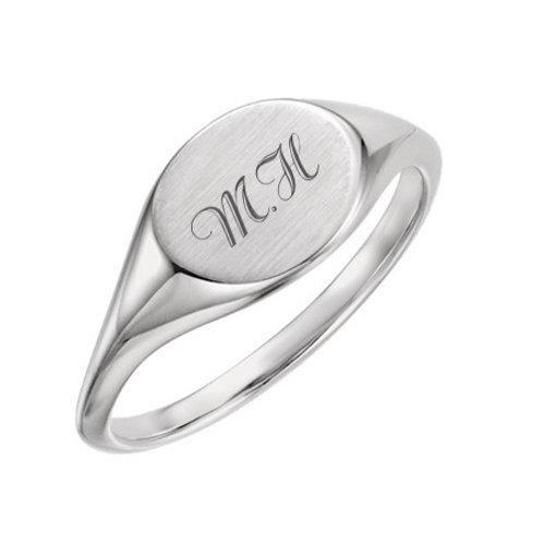 MILA signet ring- Sterling silver