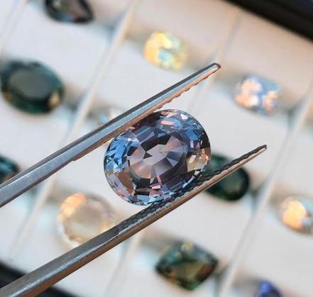 Sapphires, a brilliant  alternative to diamonds