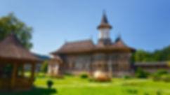 monasteri bucovina.jpg
