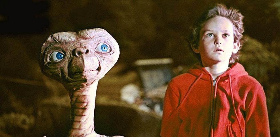 e-t-el-extraterrestre-y-elliot-se-reencuentran-en-un-emotivo-cortometraje-destacada.jpg
