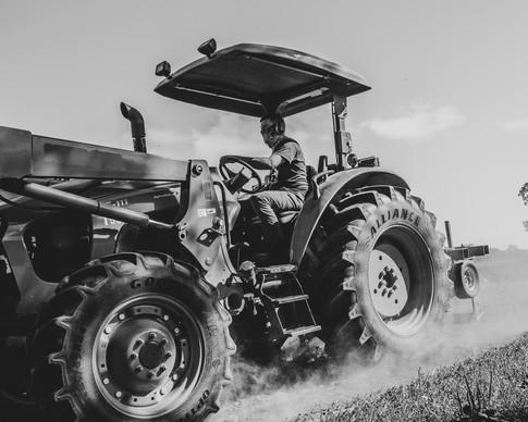 ross on tractor, august 2020, terri unge