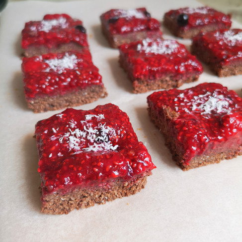 Brownie cru chocolat coco et fruits rouges vegan sans gluten