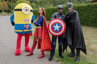 Mascotte Minion, Captain America Supergirl et Batman