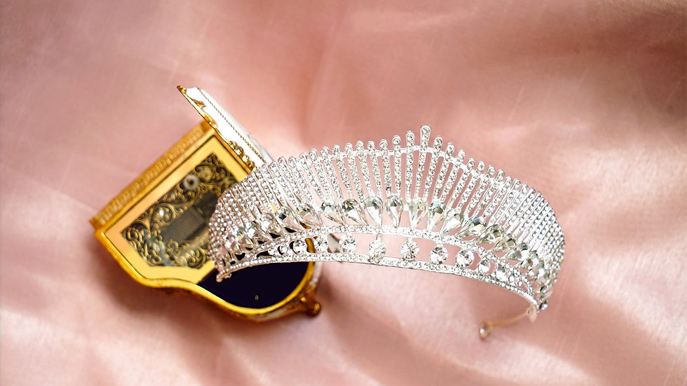 The Genevieve Crown