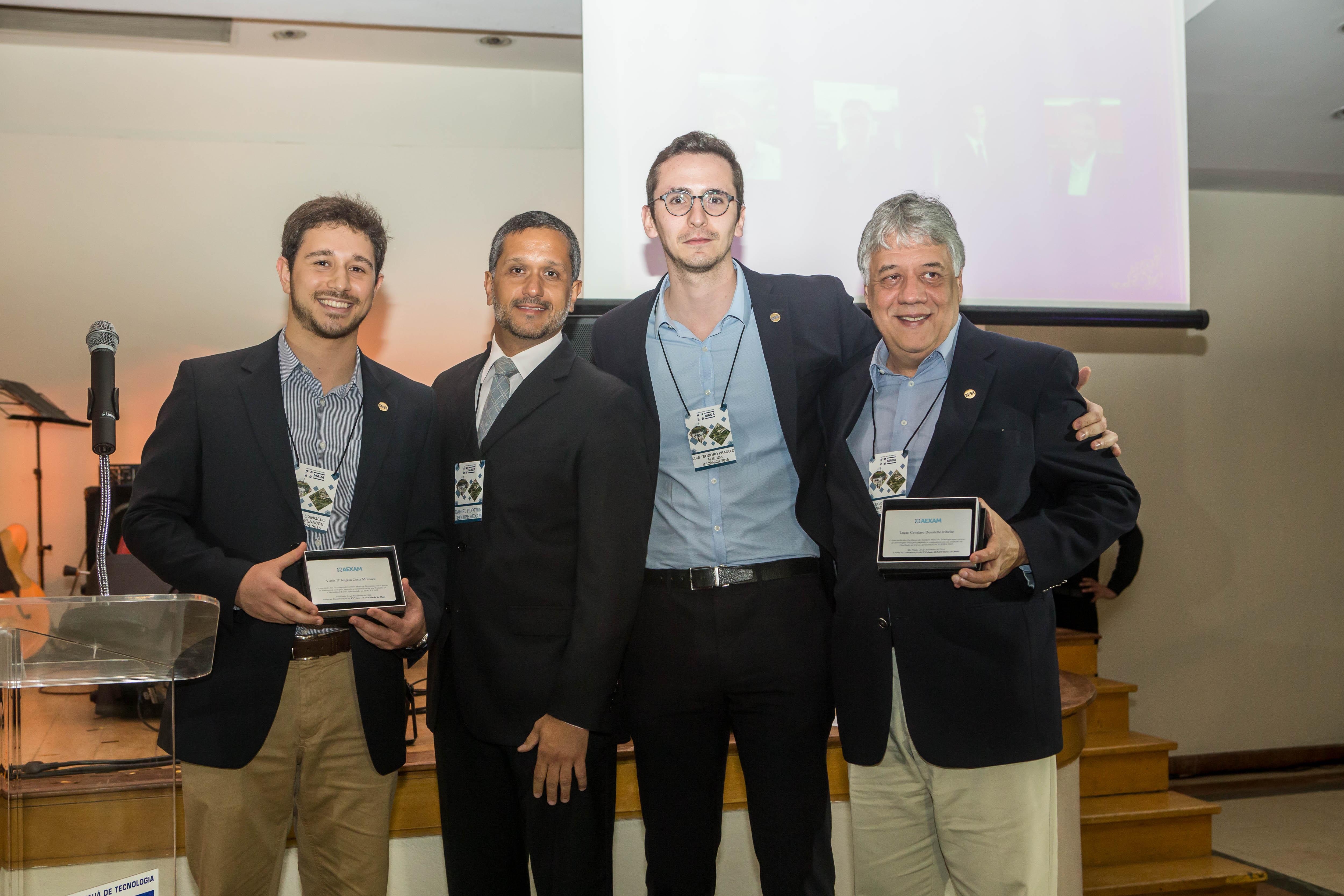8_ Premio AEXAM345
