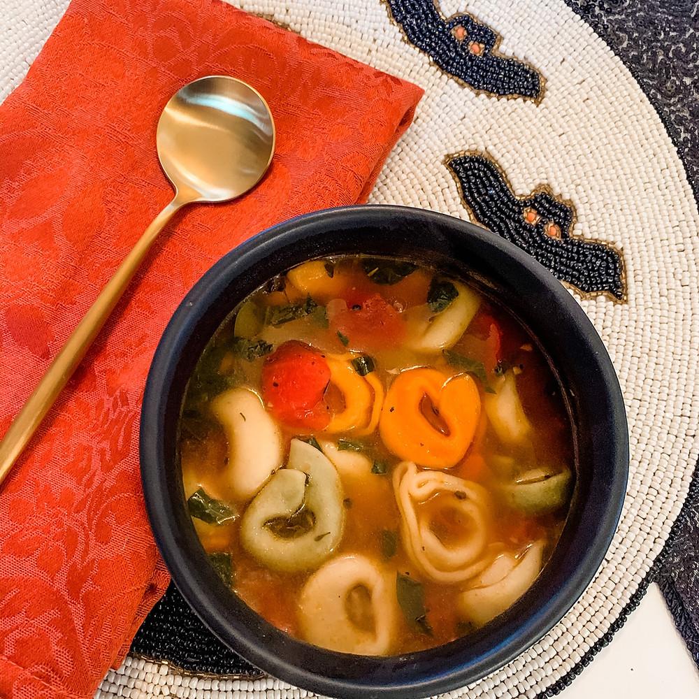 tri-color tortellini vegetable soup, vegetarian soup, autumn soup recipe