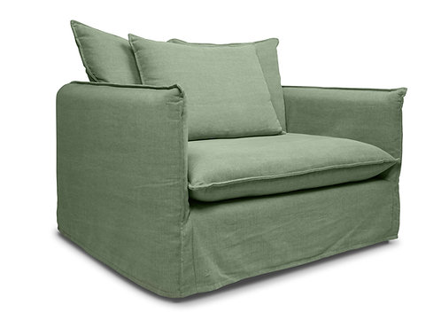 BETTY LOVESEAT