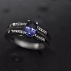 Or blanc 750 tanzanite et diamants.jpg