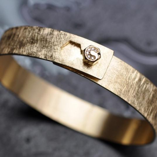 Bracelet Or 750 diamants.jpg