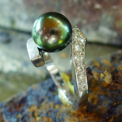 or blanc 750 perle de tahiti et diamants