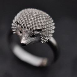 Bague Herisson Or 2 diamants noirs.jpg