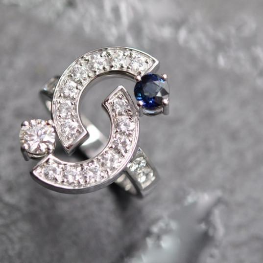 Saphir et diamants brillants.jpg
