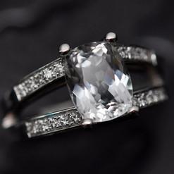 topaze blanc diamants 750.jpg
