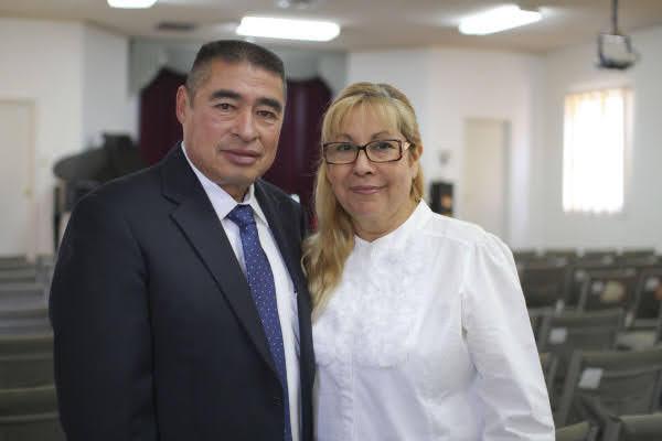 Rafael y Alma Fiesco