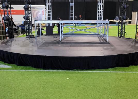 Circle Stage