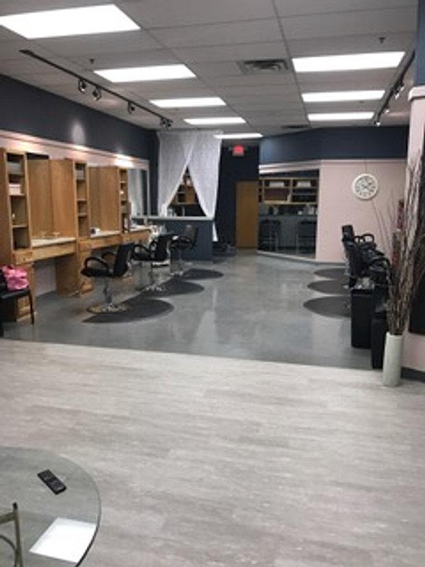 Coiffure Salon   Hales Corners   WI