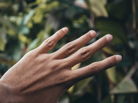 Tips for checking nails for melanoma