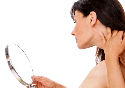How Women Should Treat Premature Hair Loss?