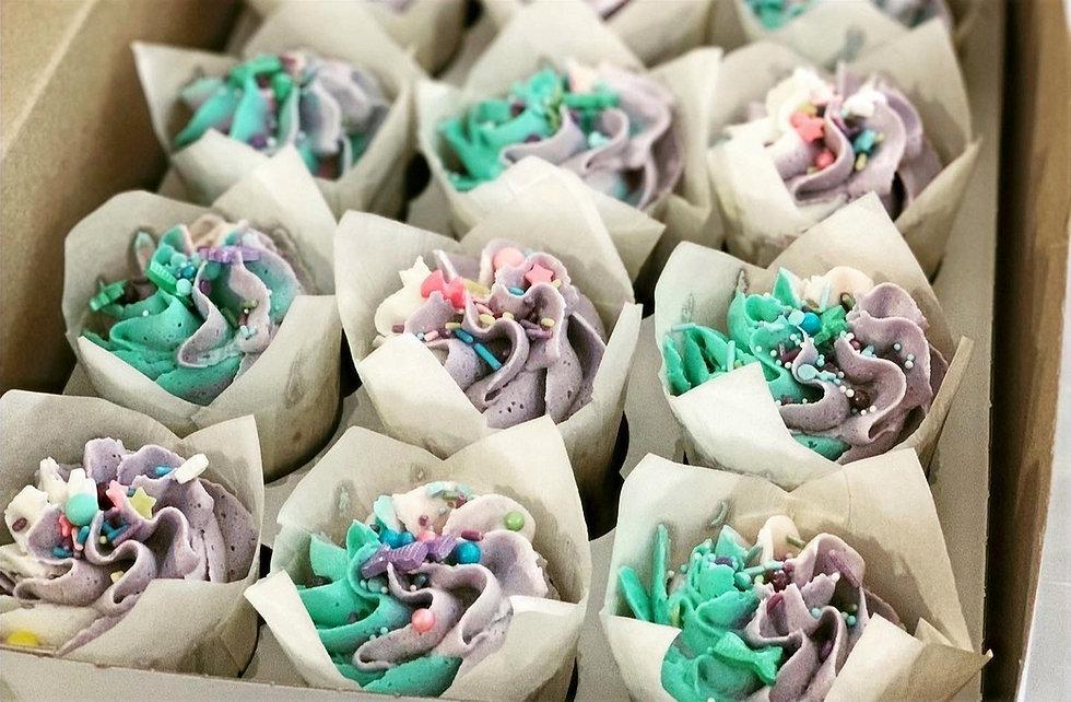 cupcakes_edited_edited.jpg