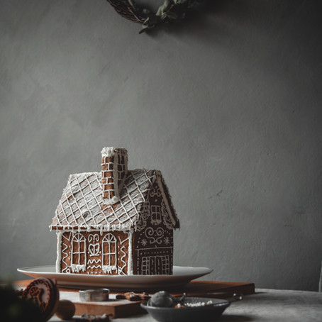 Waiting for Christmas and our gingerbread house
