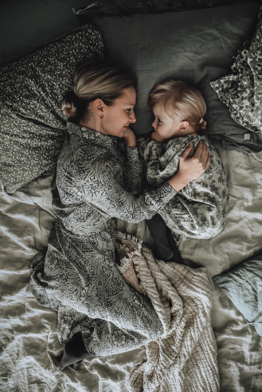 motheranddaughter