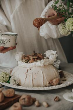 pavlova cake1
