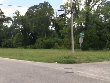 City may sell vacant lots to residents