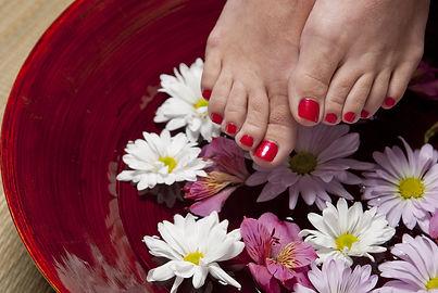 foot-1885546_1920.jpg