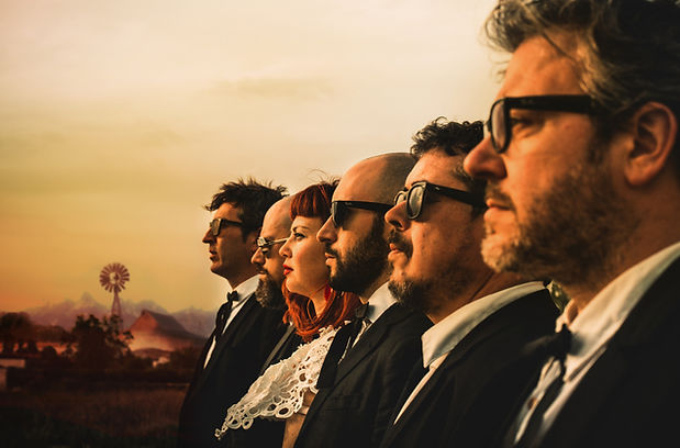 Grupo Limbotheque disco Mexcabaret. Gerard Vercher. Raul Ortells. Carola Mendoza. Miguel Giner. Camilo Gonzalez. David Garzinsky