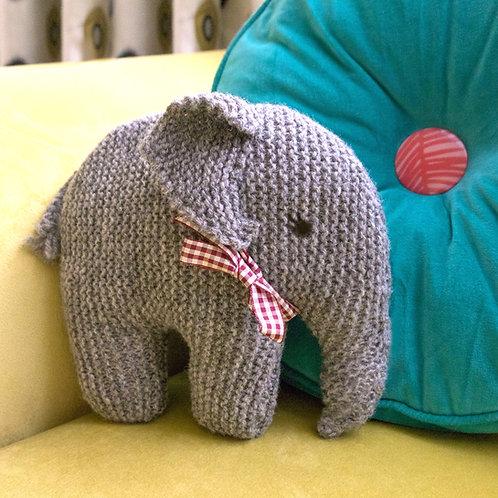 TRADITIONAL VINTAGE ELEPHANT