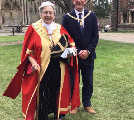 Sue Austen is Elected Mayor in Online Ceremony
