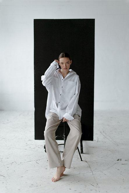 Белая рубашка из грубого хлопка