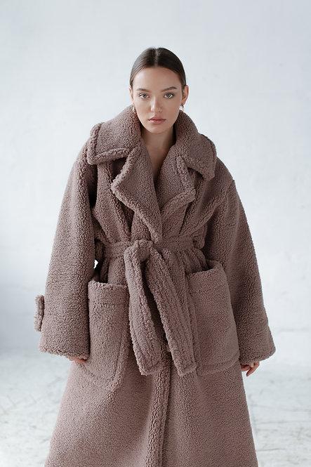 Оверсайз пальто из искусственного меха