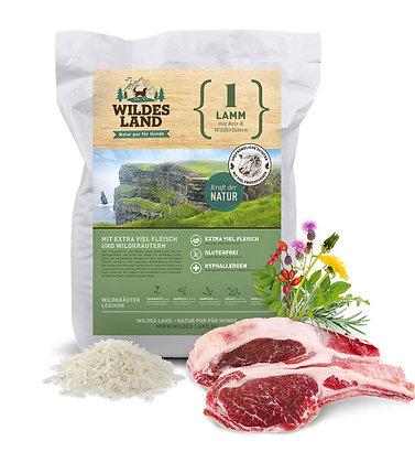 Wildes Land - Lamm mit Reis und Wildkräutern