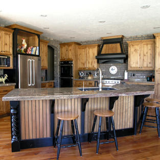 Natural Alder and black painted accents