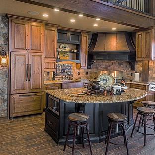 Pool house kitchen in alder