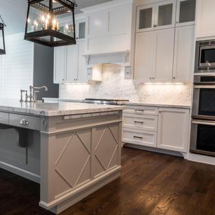 Kitchen with Geometric design