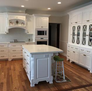 Kitchen with Hutch