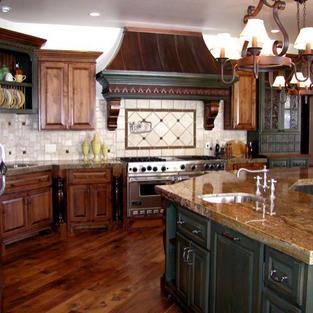 Alder kitchen with copper hood