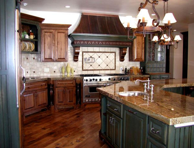 Alder kitchen with copper hood