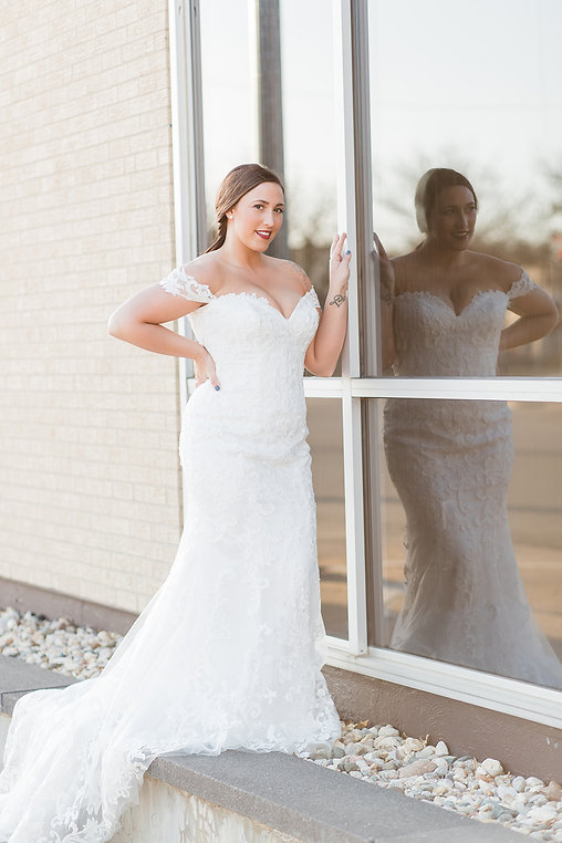 Elegant Ivory Bridal Dress