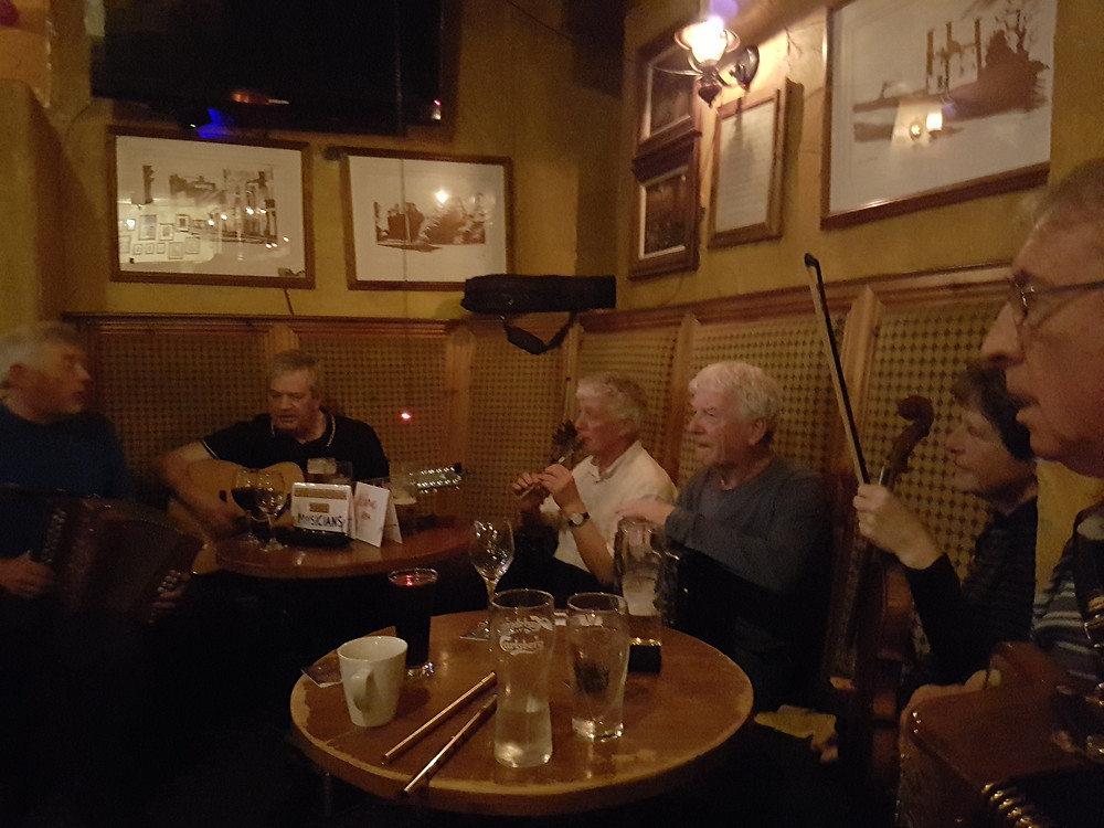Wallis' Bar, Midleton with John Cronin and friends
