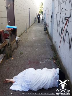 Gross Alley Shoot