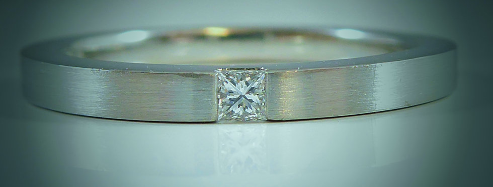 Modern Design D Flawless Diamond Stacking Ring in Platinum