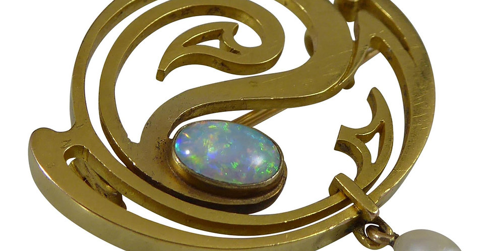 Art Nouveau Opal and Pearl Brooch Yellow Gold, Circa 1910, German Designer